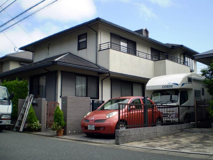 福岡市西区H様邸  外壁塗装施工事例の施工前画像