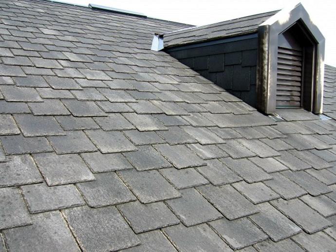 福岡市西区Y様邸 屋根塗装施工事例の施工前画像