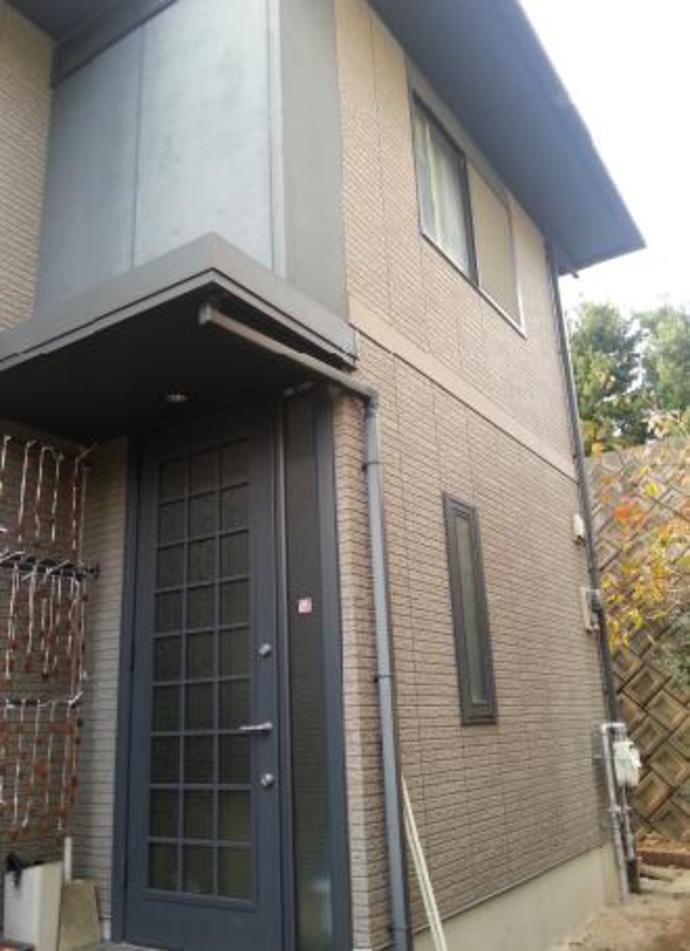 福岡県那珂川町F様邸の外壁塗装施工事例の施工前画像