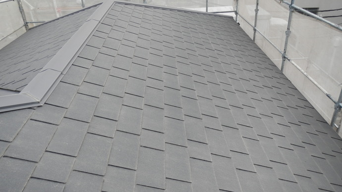 福岡市城南区堤の一戸建て住宅経年劣化に伴い初回の屋根塗装施工の施工前画像