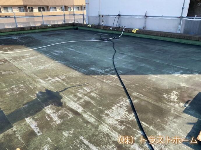 北九州市戸畑区でオフィスの屋上防水工事を行いました。の施工前画像