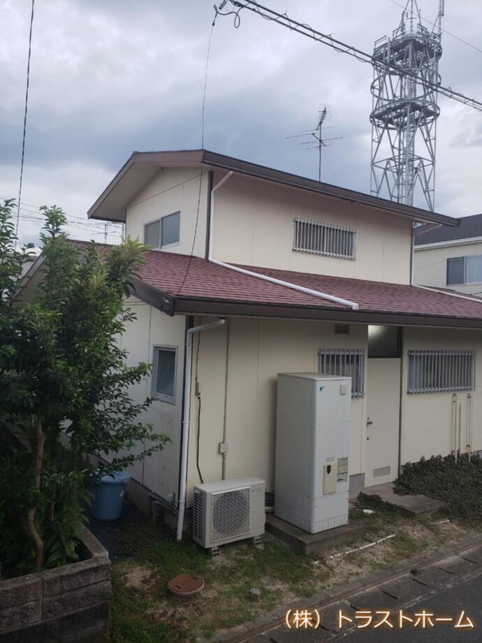 福岡市東区の一戸建ての見た目でお悩み外壁・屋根工事の施工前画像