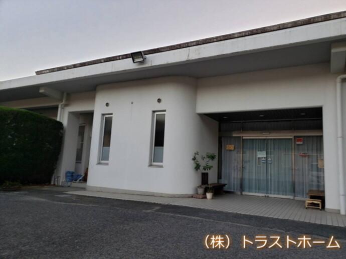 嘉麻市で介護福祉施設の外壁塗装をご依頼いただきました。の施工前画像